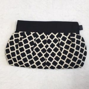 1154 Lill Studio black white clutch bag